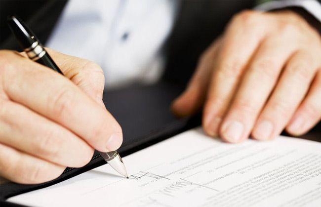 Договор о купле-продаже автомобиля вы можете составить самостоятельно