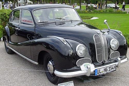 Автомобиль BMW 501