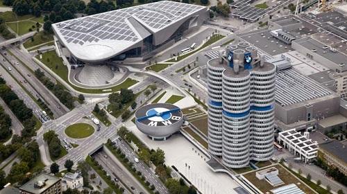 Центр компании BMW