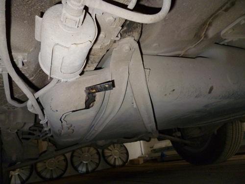 Трещина в бензобаке автомобиля