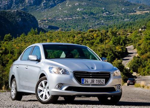 У Peugeot 301 много вариантов комплектации
