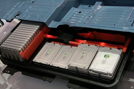 Алюминий-воздушная батарея для электромобиля