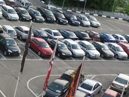 Продажа б/у авто в автосалоне Москвы