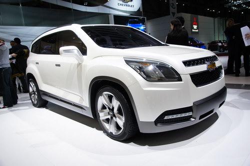 Серийная версия Chevrolet Orlando, представленная на Парижском автосалоне в 2010 году