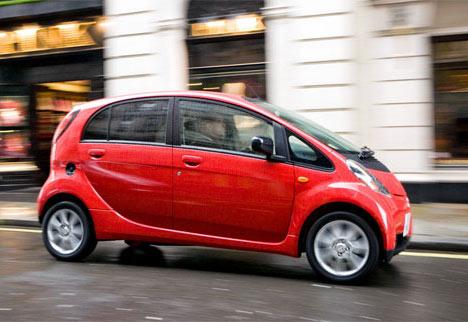 Mitsubishi i-MiEV — единственный официальный электромобиль в России