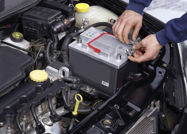 Правильная замена АКБ в автомобиле — половина успеха