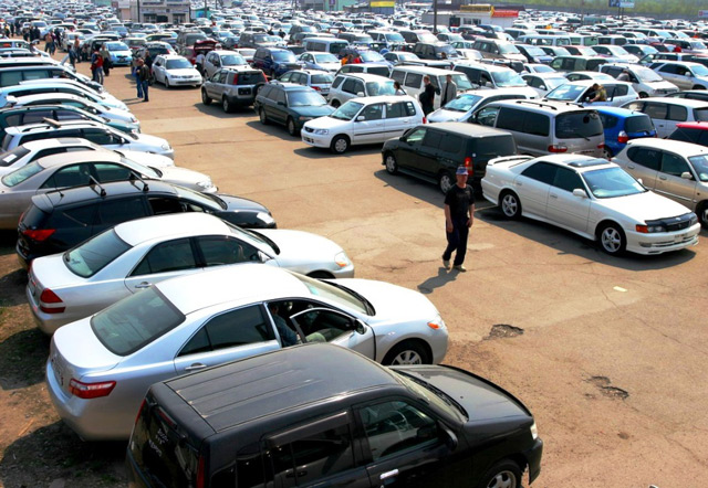 Покупка автомобиля в Украине гражданином РФ имеет определённые особенности