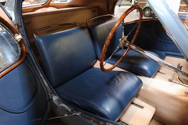 Салон суперкара Bugatti Type 57SC Atlantic
