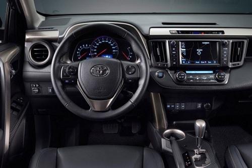 Салон Toyota RAV4 2013