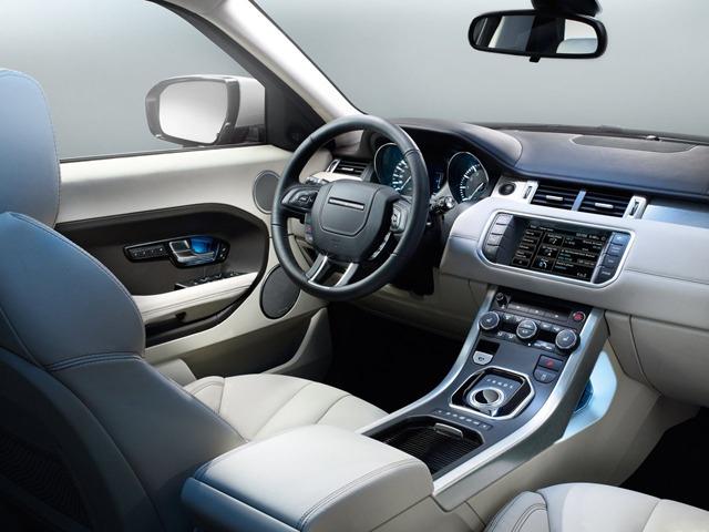 Всё, что необходимо, в салоне Land Rover Evoque присутствует
