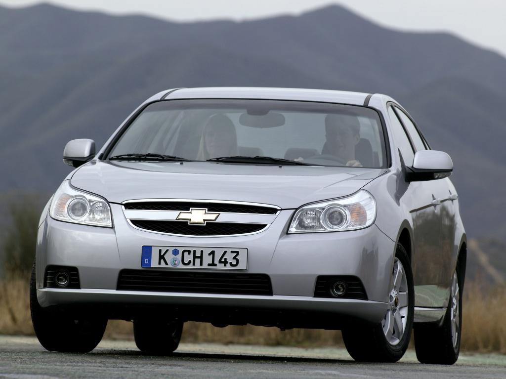 Chevrolet Epica: вид спереди