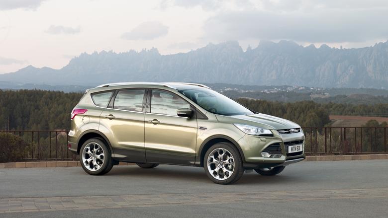 Ford Kuga: вид сбоку