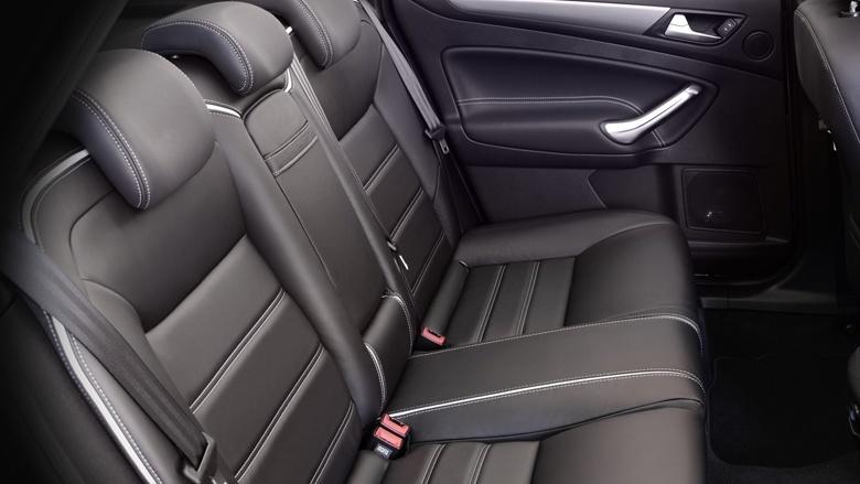 Заднее кресло Ford Mondeo