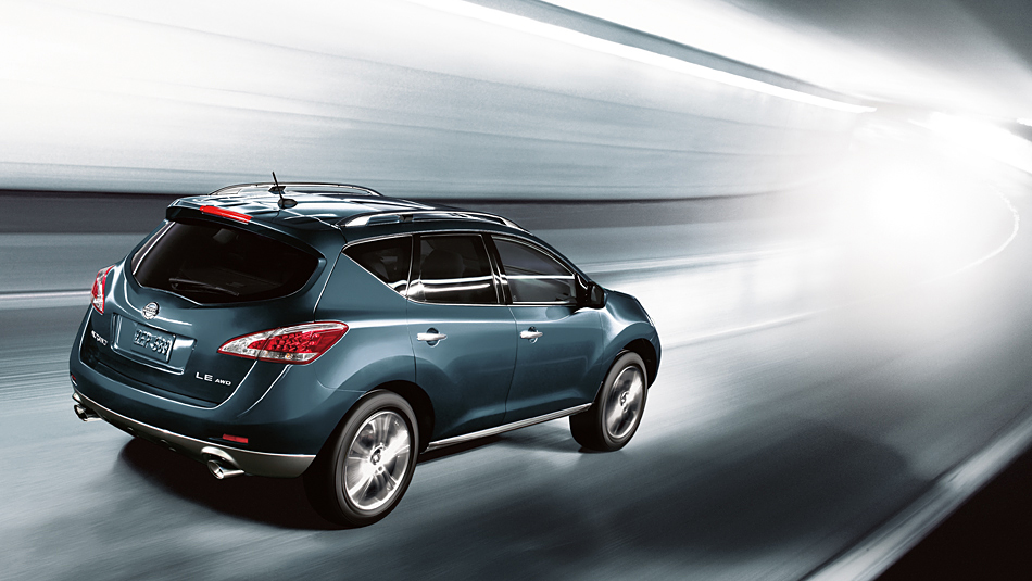 Nissan Murano: вид сзади