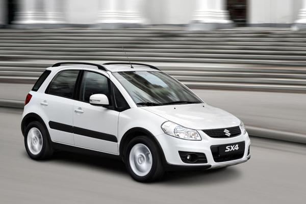 Suzuki SX4: вид сбоку