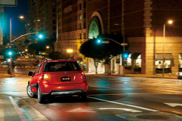 Suzuki SX4: вид сзади