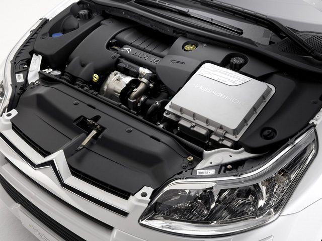 Двигатель автомобиля Citroen DS5