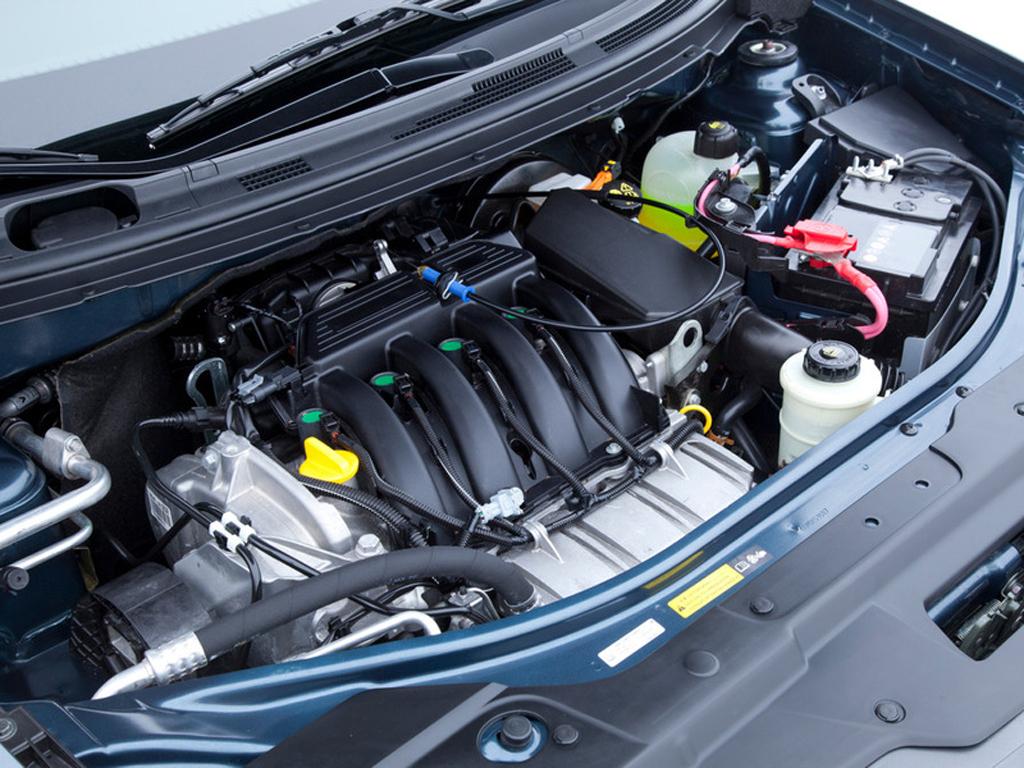 Компоновка двигателя у Nissan Almera