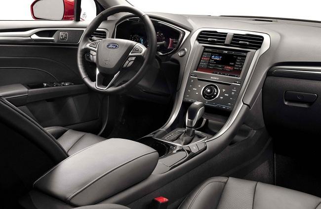 Интерьер Ford Fusion