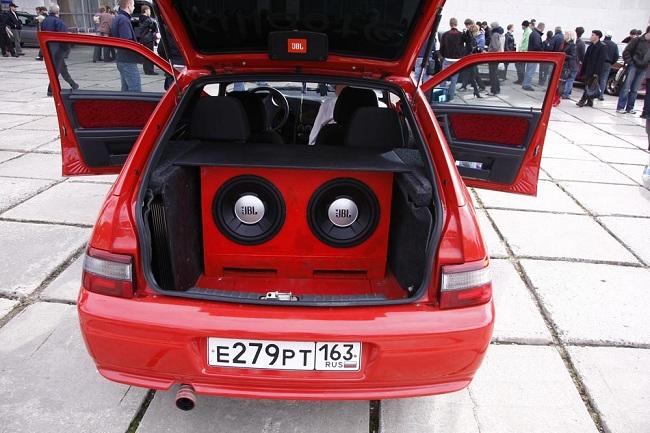 Качественная акустика в автомобиле