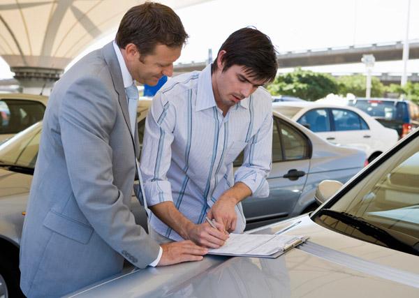 Участие комиссионера в заключении договоров по операциям с автотранспортом