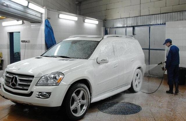 Мойка машины зимой в помещении