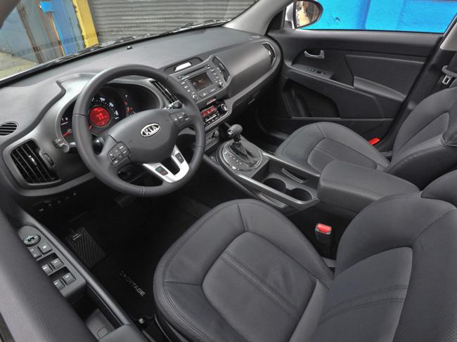 Руль и приборная панель Kia Sportage