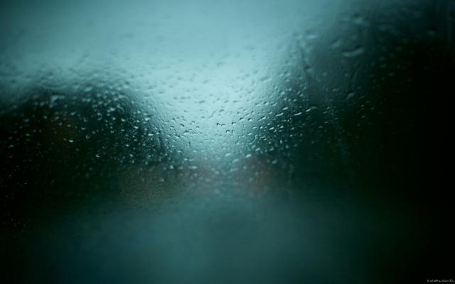 Запотевшее стекло создаёт опасность для движения