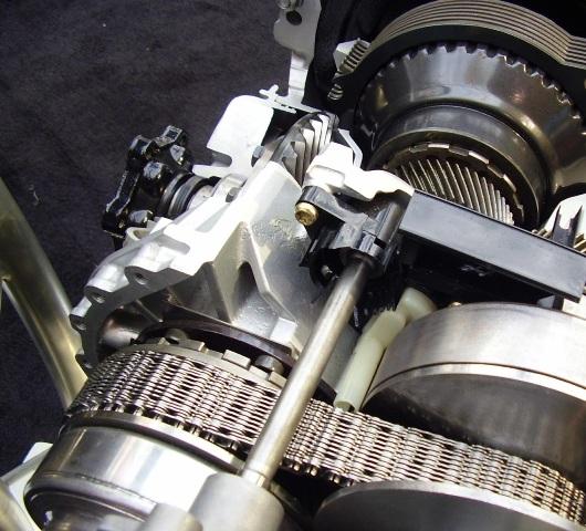 Ремень вариатора представляет собой стальную ленту