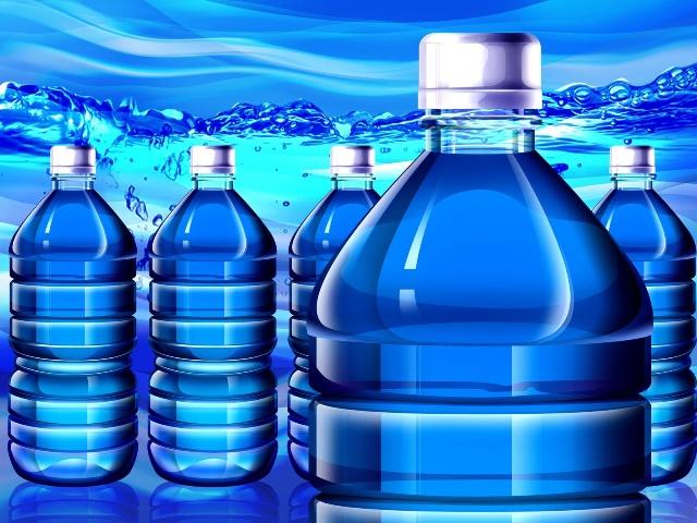 Вода является первой охлаждающей жидкостью