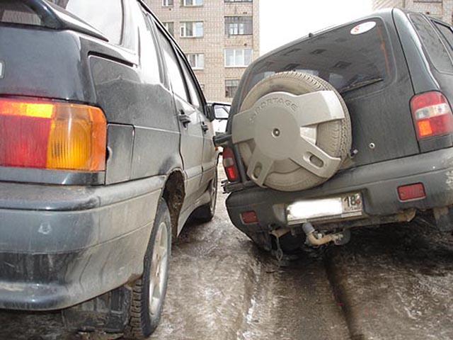 Автомобиль, попавший в колею может стать причиной аварии