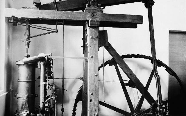 Изобретение двигателя под давлением — очень важный этап в истории