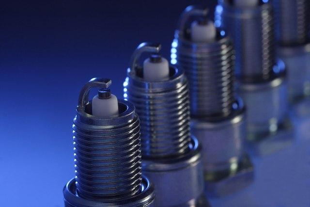 При выборе свечей следует учитывать количество электродов