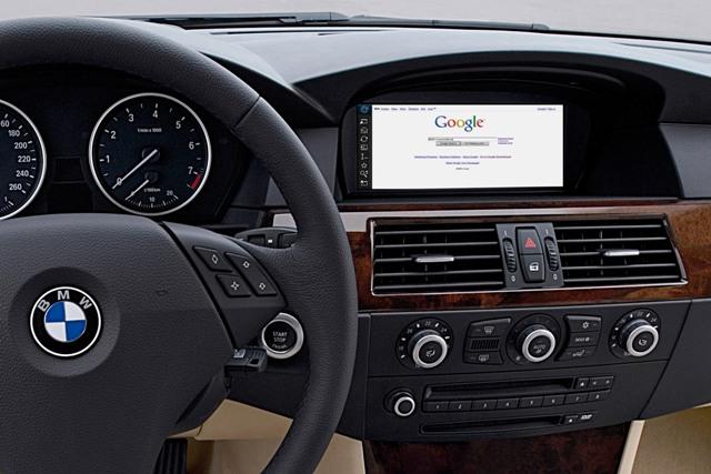 Интернет все чаще появляется в современных автомобилях