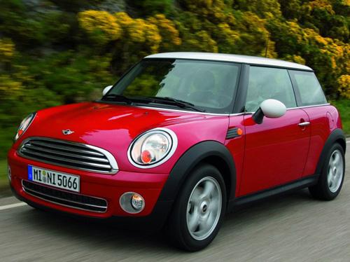 Mini Cooper — похититель дамских сердец