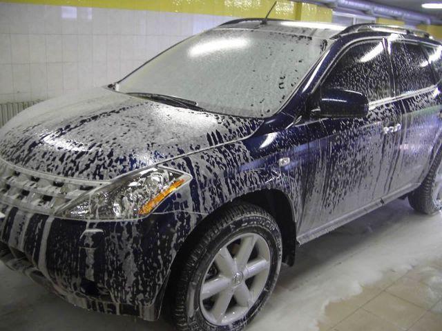 Обязательно следует помыть машину перед полировкой