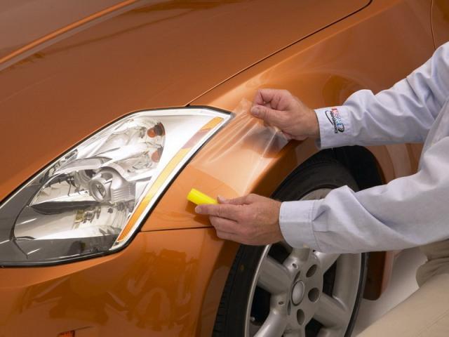 Защитная плёнка практически незаметна на автомобиле