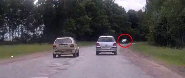 Обгон на опасных участках дороги может привести к лобовому столкновению