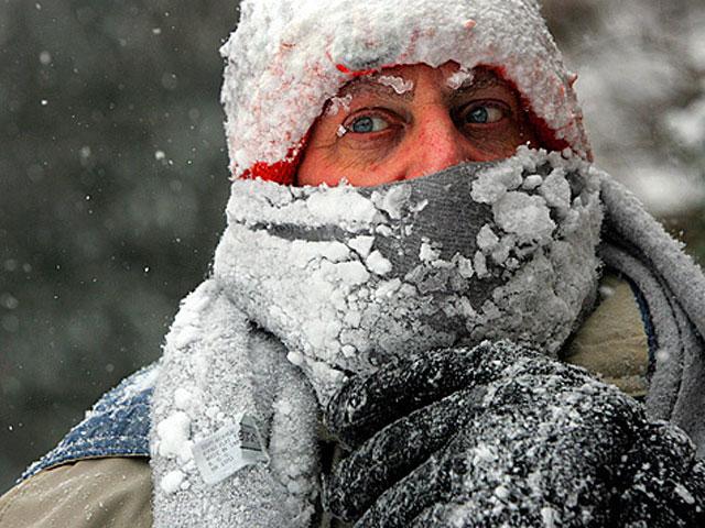 Надеваем дополнительную одежду, чтобы не замёрзнуть