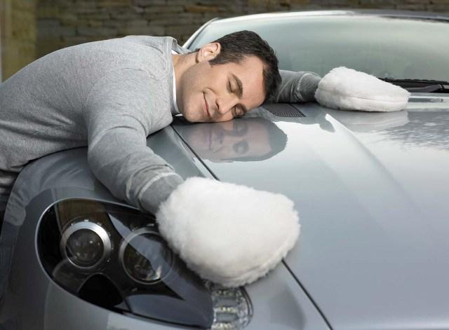 Лакокрасочное покрытие автомобиля требует защиты