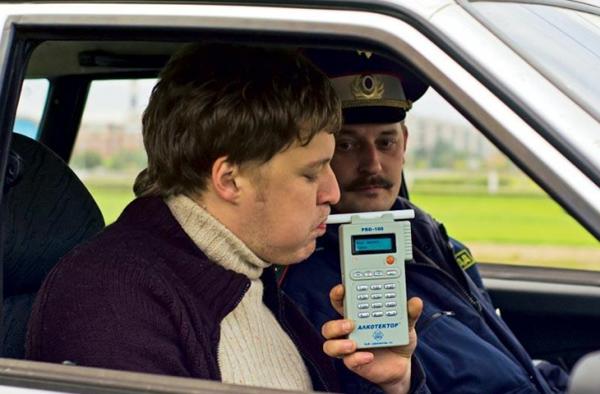 Тест на алкоголь в машине ГИБДД