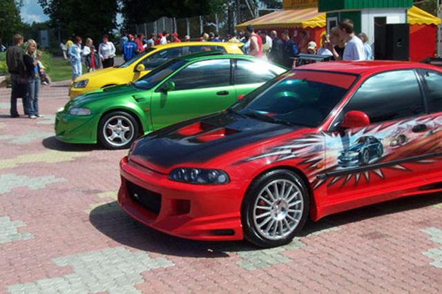 Автомобили для уличных гонок