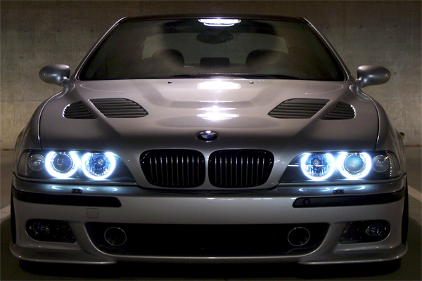 Ангельские глазки на BMW