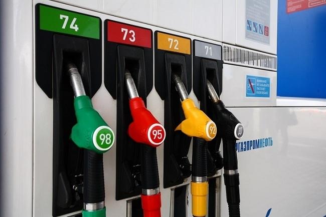Выбор марок бензина на современных заправках в России