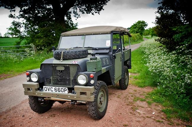 Land Rover Truck Utility ½ Ton