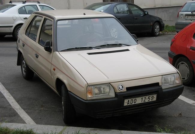 Skoda Favorit, первое поколение