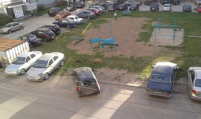 Неграмотная парковка автомобиля