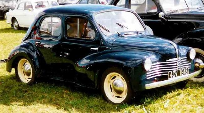 Renault 4CV 1947 года