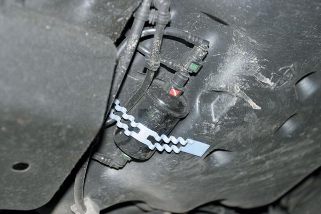 Топливный фильтр автомобиля