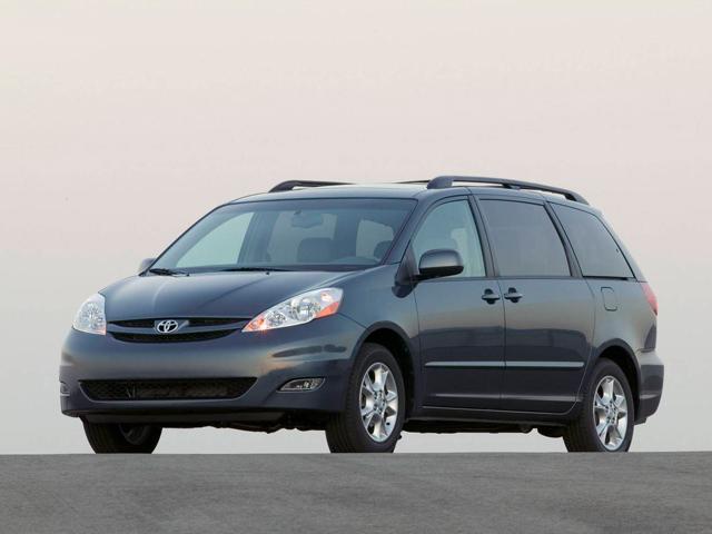 Семейный минивэн — Toyota Sienna